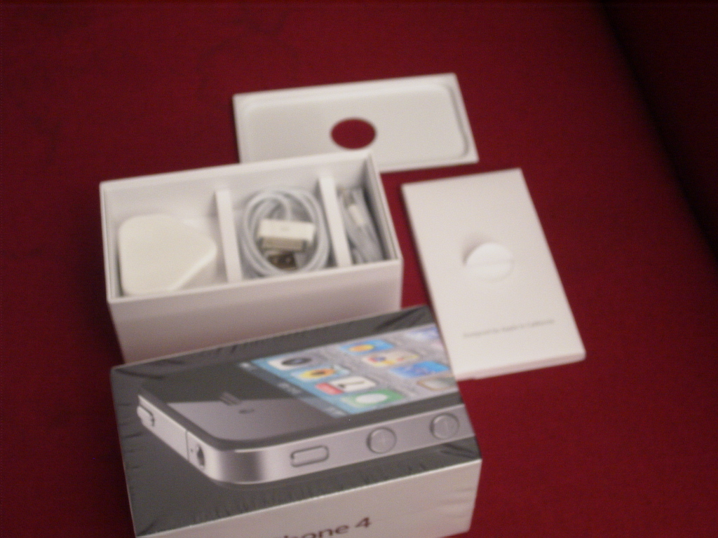 Apple IPhone 4s Black 8GB Phone SIM FREE COLLECT AVAILABLE From