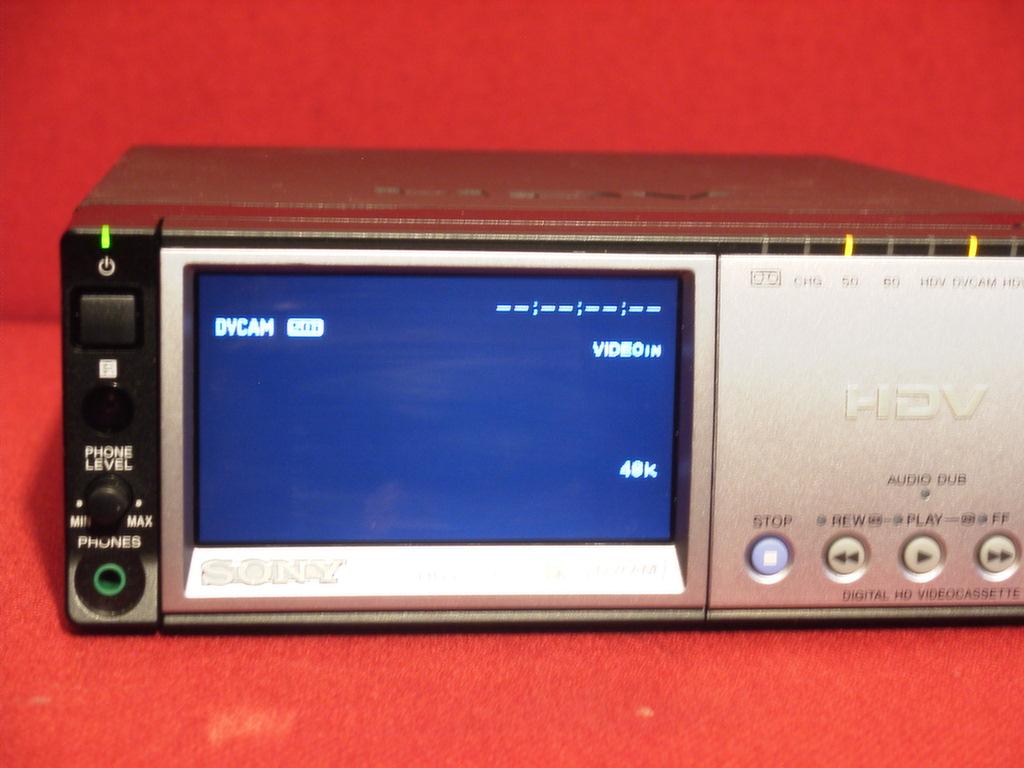 有关以下物品的详细资料: sony hvr-m10e deck mini dv and dvcam